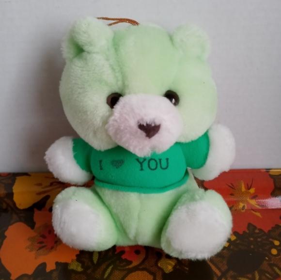 🖤SALE🖤 VTG GREEN I LOVE YOU BEAR PLUSH